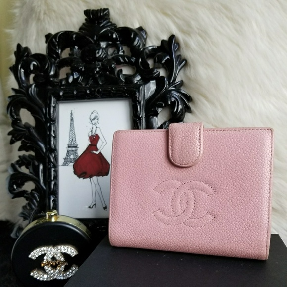 3f4585c57baffa CHANEL Handbags - 💯AUTH CHANEL CAVIAR PINK BIFOLD LEATHER WALLET